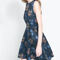 PRINTED DRESS WITH CROSSOVER BACK