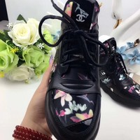 shosouvenir  CHANEL Fashion women Canvas sports shoes black sliver