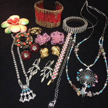 Wholesale Jewelry Collection Lot, 14 Earrings Necklaces Pins Bracelets, Rhinestones Beads, Signed Lisner St John Anne Klein 818m