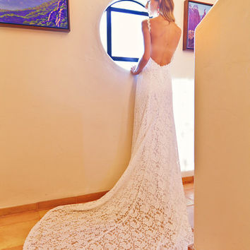 Lace Backless Wedding Dress. Plunge Scallop Front. LOW BACK wedding dress. simple elegant bohemian wedding dress. IVORY lace.