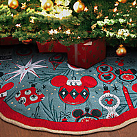 Mickey and Minnie Mouse Holiday Tree Skirt