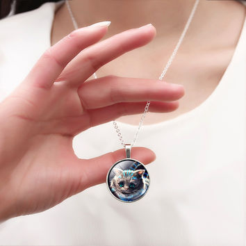 Pendant Necklace For Women Cute Cheshire cat Necklaces Fashion Women Jewelry Retro Style Antibrass silver Chain Accessory HOT