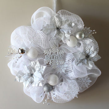Christmas Wreath, Deco Mesh Christmas Wreath, Silver and White Christmas Wreath, Poinsettias Wreath