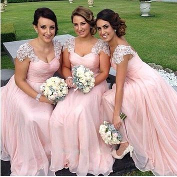 2017 Long Bridesmaid Dresses Sweetheart Sleeveless Backless Chiffon with Lace Sweep Train Sexy Bridesmaids Dresses with Ribbons