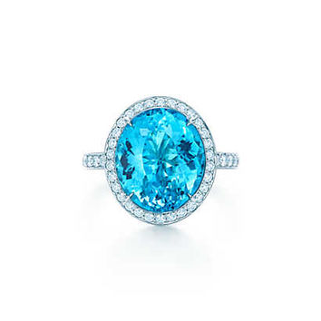 Tiffany & Co. - Ring in platinum with a 5.47-carat blue cuprian elbaite tourmaline and diamonds.