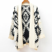 A 080104 Loose sweater wild geometric patterns