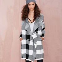 Black And White Plaid Knit  Sweater Coat