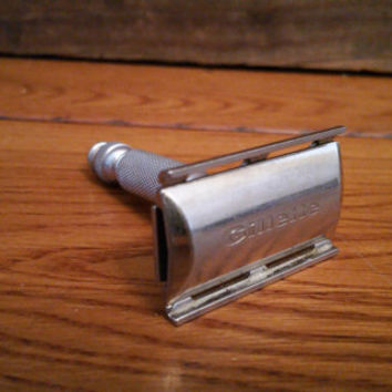 Vintage Men's Travel Safety Razor