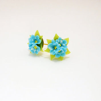 free shipping / Floral Stud Earrings Forget Me Not / Earrings with delicate little blue flowers / Gift for her