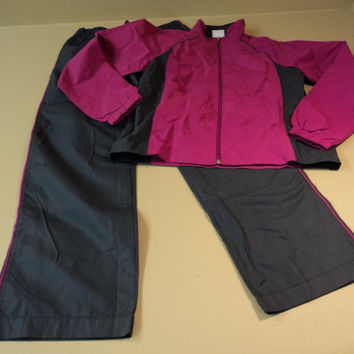 Danskin Now 2 Piece Track Suit 100% Polyester Female Adult Small 4-6 Pinks -- New With Tags