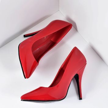 Vintage Style Red Patent Leatherette Seduce Pumps