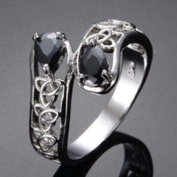 Classic Hollowing craft Engagement Ring Black Sapphire AAA CZ Diamond Trendy Ring for men women