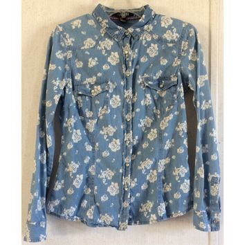 Forever 21 Floral Chambray Shirt Pearl Snap Blouse Blue White Western Cowgirl M