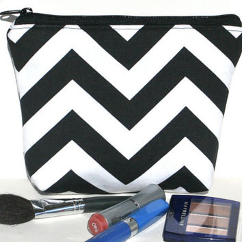 Black and White Chevron Padded Cosmetic Bag/Zippered Pouch Flat Bottom