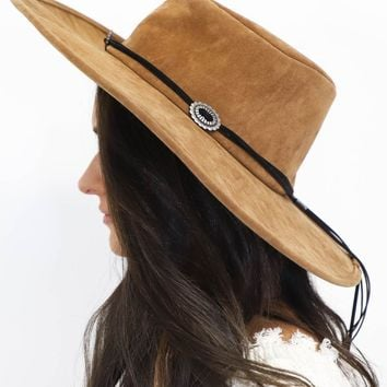 No Stranger Brown Hat with Silver Small Buckles