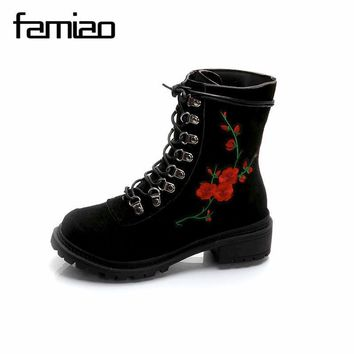 FAMIAO Red Flower Women Boots embroider Round Toes Ankle Boots Flat Heels Handmade Sh