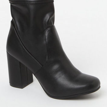 Seven Dials Teresa Block Heel Booties at PacSun.com