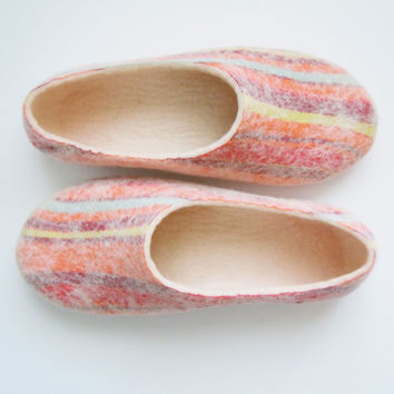 Felted wool slippers of summer colors STRIPS