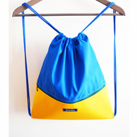 Summer gym bag backpack beach bag festival bag water resistant waterproof color block blue yellow hipster colorful happy minimalist backpack