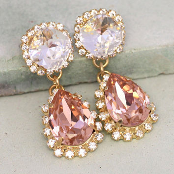 Blush Pink Chandelier Earrings,Blush Pink Earrings,Blush Swarovski Pink Earrings,Bridal Statement dangle earrings,Bridal Blush Earrings