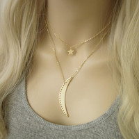 Crescent Moon Necklace / Long Moon Necklace / Galaxy Astronomy Jewelry / Simple Everyday Jewelry / Long Gold Necklace / N290