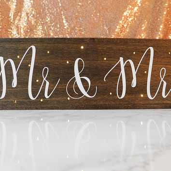 Mr and Mrs Sign - Sweetheart Table Decor - Wedding Decor - Twinkle Light Box