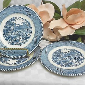 Royal china Dinnerware (USA) Currier & Ives-Blue set 3 Bread Plate(s)