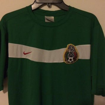 Sale!! EUC Nike MEXICO Home Soccer Jersey Mexicana Football Shirt Size Large Free shipping within USA