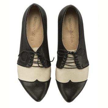 Polly Jean, black and white, b&w shoes, flat shoes, leather shoes