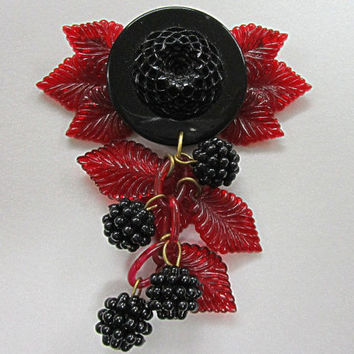 Art Deco Pin Blackberry Red Plastic Dangling Fruit Pin Brooch