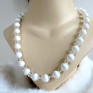 Trifari White and Clear Lucite Bead Necklace Beaded Vintage