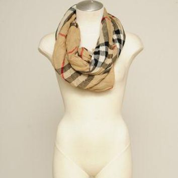 Burberry Auth Plaid Checkered Tan Beige Scarf Wrap Wrinkled Gauze Fringe Wool