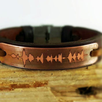 FREE SHIPPING - Sound waves bracelet. Personalized Bracelet, Wedding anniversary gift. Voice recording. Valentines day gift,Copper Plate.