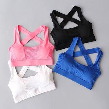 DCCKKFQ Cross Back Women Sports Bra For Running Gym Shakeproof Fitness Cropped Top Exercise Yoga Bra