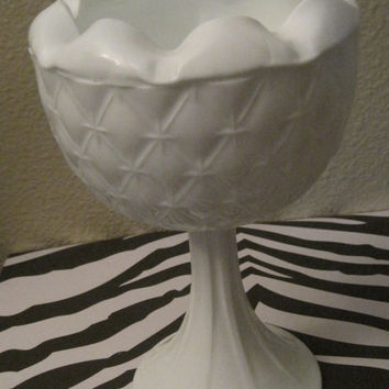 Vintage White Milk Glass Pedestal Dishware/Bowl/Vase