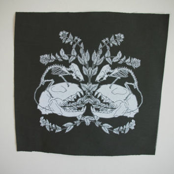 Cat and Mouse Skeleton Botanical Backpatch in Army