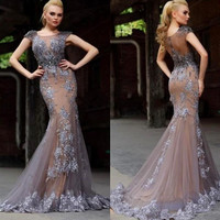 Mother Evening And Formal Dresses 2016 New Appliques Vestido De Festa Beading Sexy O-Neck Lace Plus Size Long Prom Party Dresses