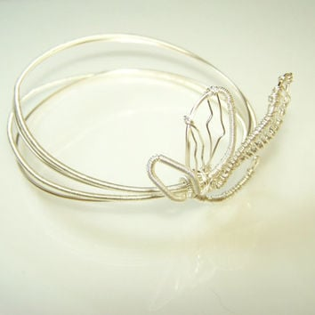 Delicate Wire Wrapped Silver Bangle Bracelet With Stylized Flower, Cuff Bracelet, Bracelet From Silver Plated Copper Wire