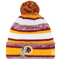 Mens Washington Redskins New Era Gold On-Field Sport Sideline Cuffed Knit Hat