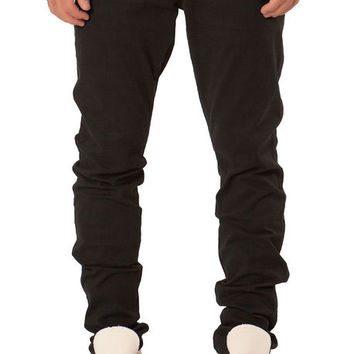 The Tapered Stretch Twill Chino Pants in Black