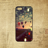 Balloons,Flying balloons,Samsung galaxy S3 case,galaxy S4 case,note 2 case,iPod 5 case,iphone 4 case,iphone 4S case,iphone 5 case