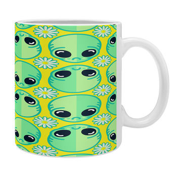 Chobopop Sad Alien And Daisy Pattern Coffee Mug