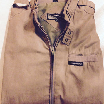 Members Only Classic Iconic Racer Jacket (Size 44)