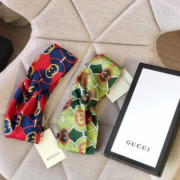 GUCCI Headband with Interlocking G rhombus print