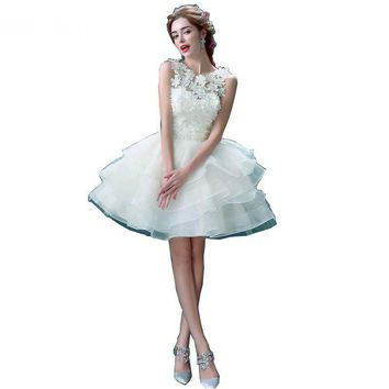 New White Lace Flower Bridesmaid Dress Sweet Princess Bride Banquet Ball Gown Short Ball Gown Elegant Party Prom Dresses