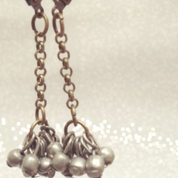 Silver Dangle Earrings. Handmade Jewelry. Long Silver Balls Earrings. Boho Chic Jewelry. Tribal Fusion Earrings. Vintage Jewelry.