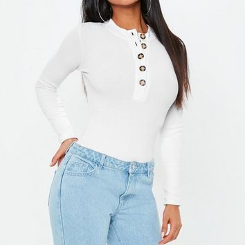 Missguided - White Horn Button Long Sleeve High Neck Bodysuit