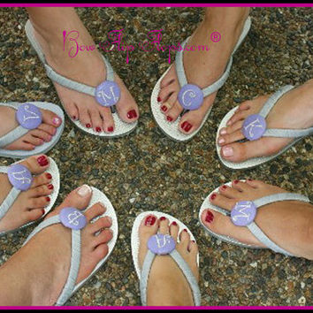 Bridesmaid Flip Flops Bridal Party Wedding Flip Flops personalized, monogrammed, initial, beach weddings, party favors, bridesmaid gifts