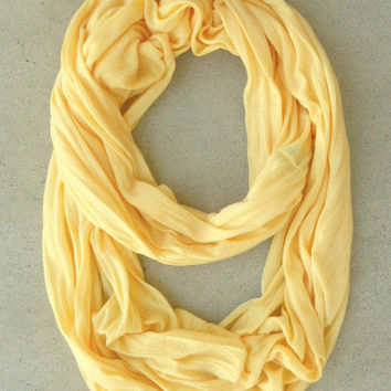 In a Loop Scarf in Soft Yellow [4442] - $12.00 : Vintage Inspired Clothing & Affordable Dresses, deloom | Modern. Vintage. Crafted.