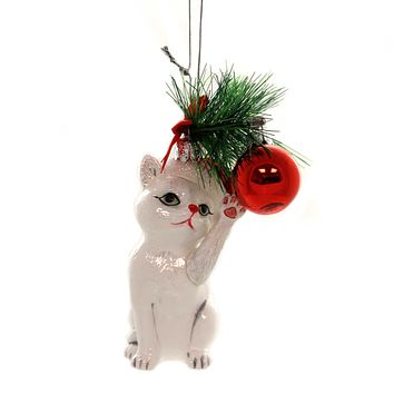 Noble Gems CAT WITH BALL ORNAMENT Glass Kitten Christmas Meow Nb1141 White